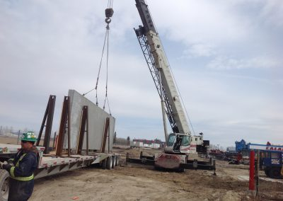 Structural-Precast-Being-Lifed-Off-Truck